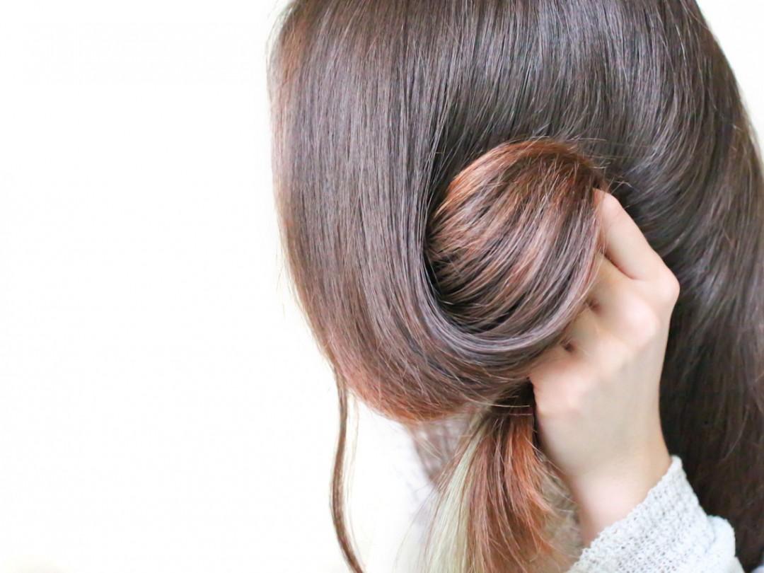 Quel moyen de lemballage convient des cheveux se tordant