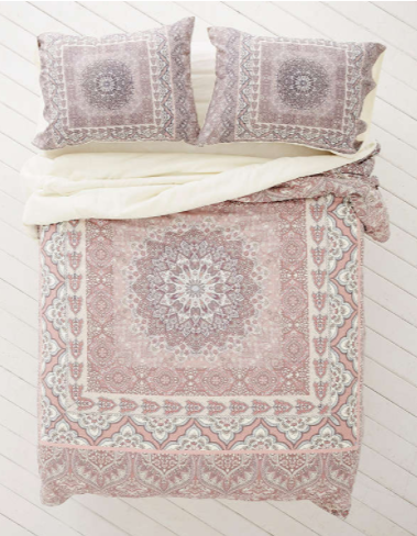 Couette Boho - Urban Outfitters